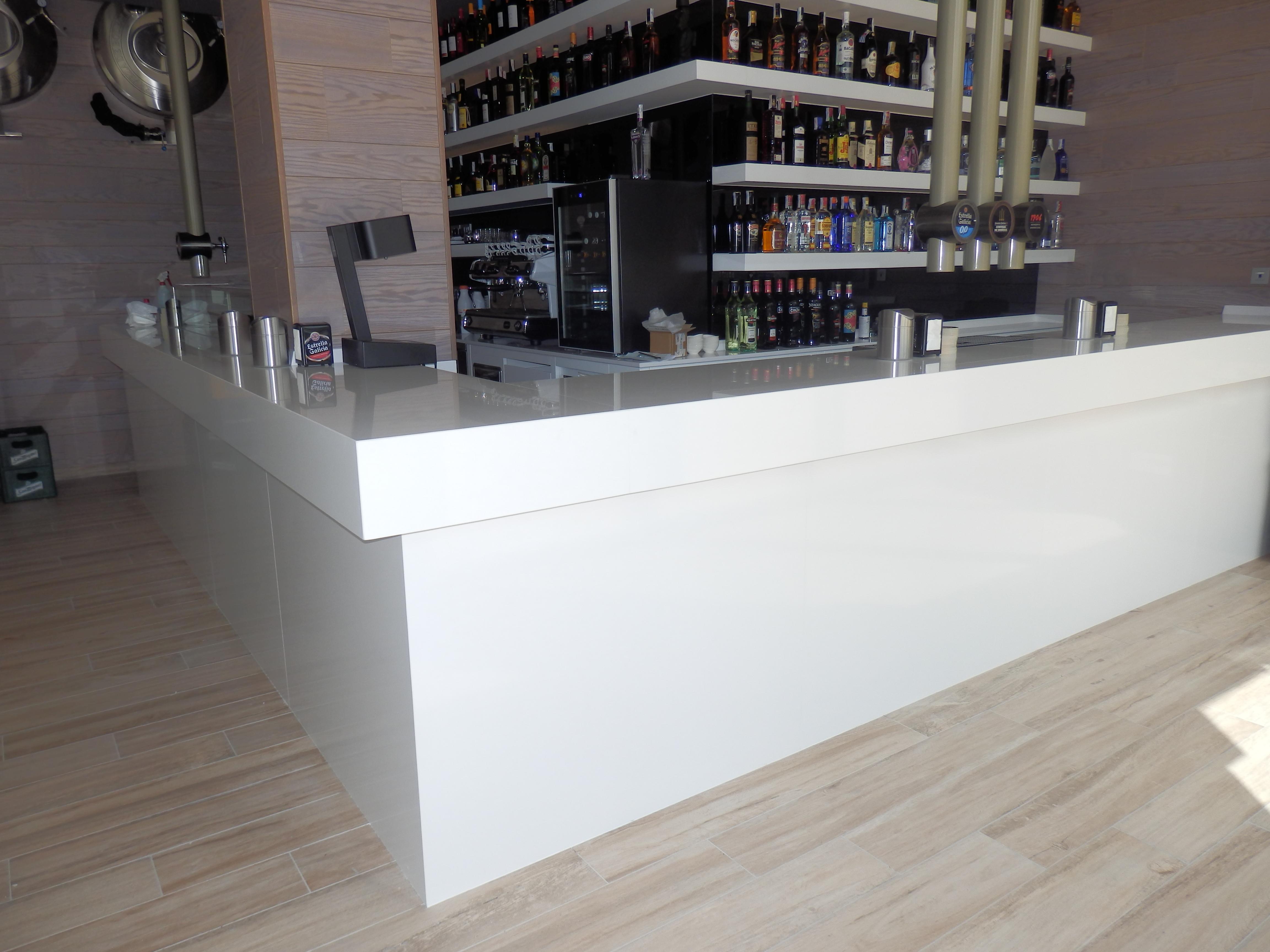 Servicios m rmoles y granito la varga for Bar para cocina